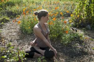 anna yoga i blommorna
